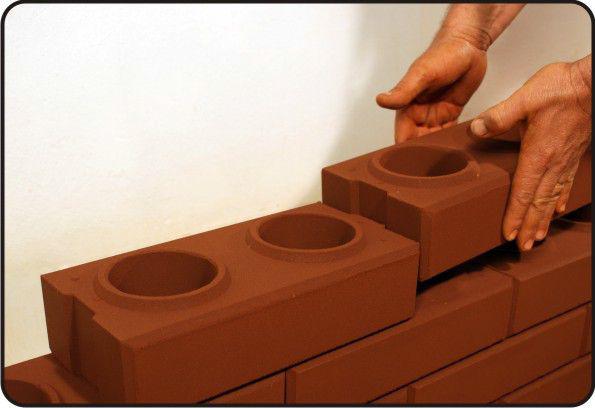Eco-brava станок для производства лего кирпича за 300000.00 руб. от компании ооо глобимпорт, купить в краснодаре