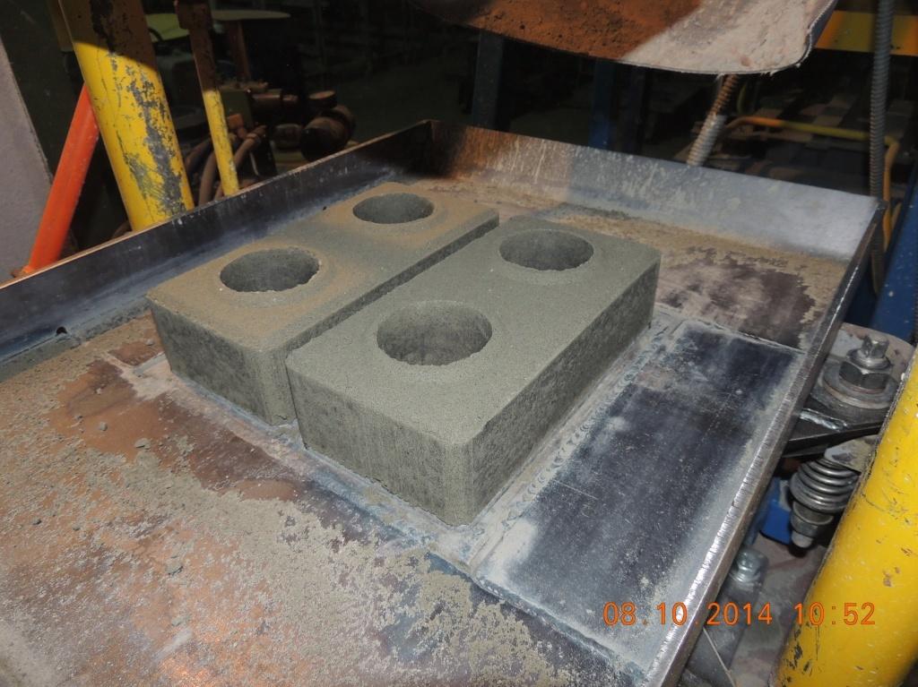 Производство лего-кирпича на установках кондор от компании стройтехника