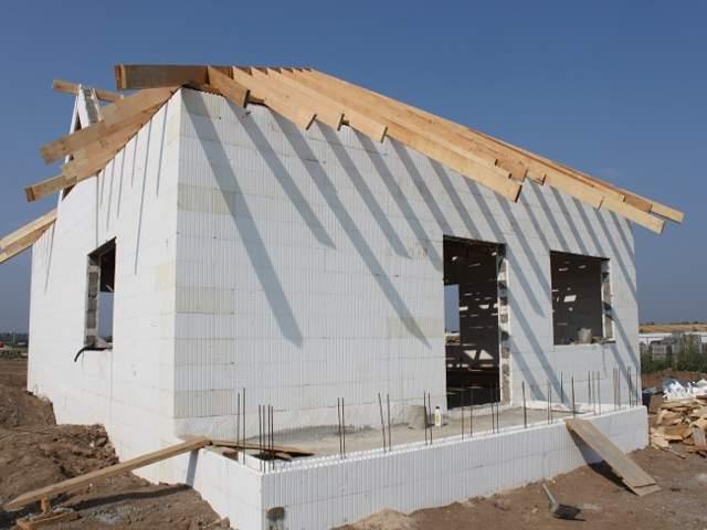 Монолитное строительство по технологии несъемной опалубки: загородные дома, дачи, малоэтажное коттеджное строительство; проектирование, управление, продажа